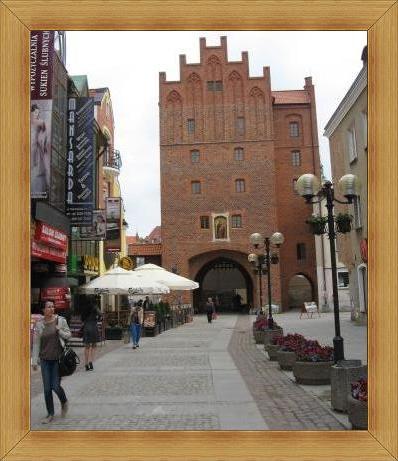 Wysoka Brama Olsztyn zabytki starówka wydarzenia występy