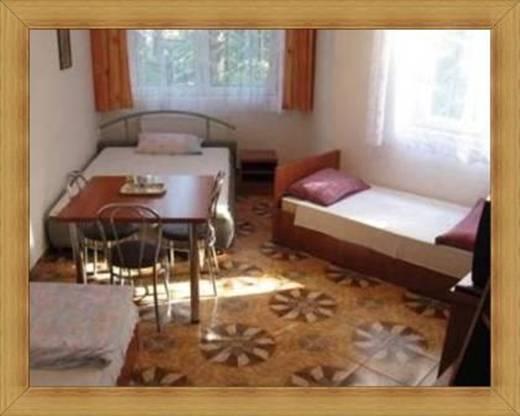 Czteroosobowy pokój Olsztyn noclegi tanio Hotel SAK