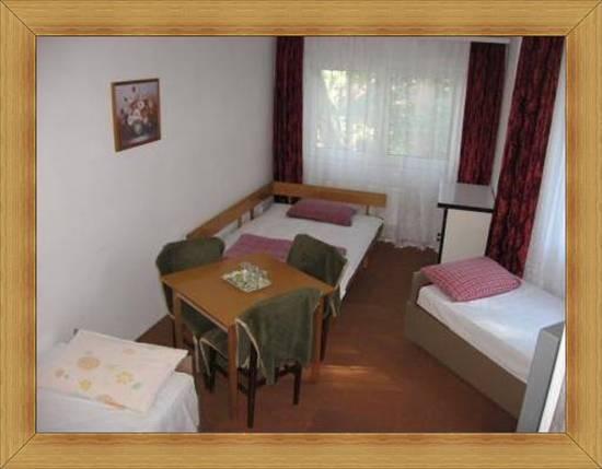 Wieloosobowe pokoje Olsztyn czteroosobowy pokój