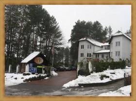 Hotele Olsztyn na przedmieściu SAK Hotel Restauracja zimą