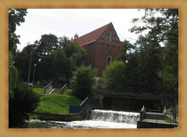 Turystyczny Olsztyn parki nad Łyną fontanny