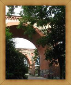 Zabytki Olsztyn mosty wiadukty w parku pod zamkiem