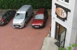 Parking przed Hotelem SAK Olsztyn